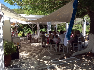 Hippys  Beach Bar Restaurant  In Samos