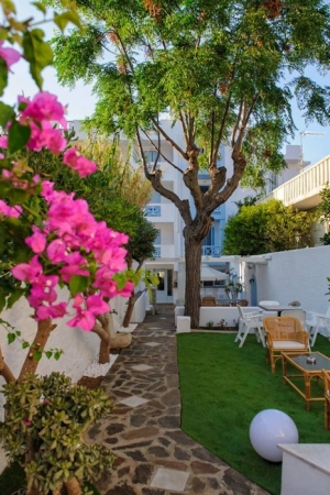 Erato Seaside Hotel in Samos | Garden